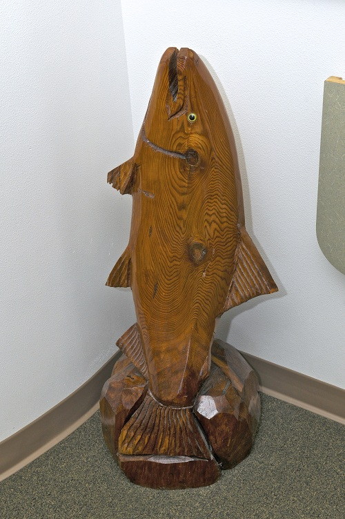 A fish statue in Woods Family Dentistry's office